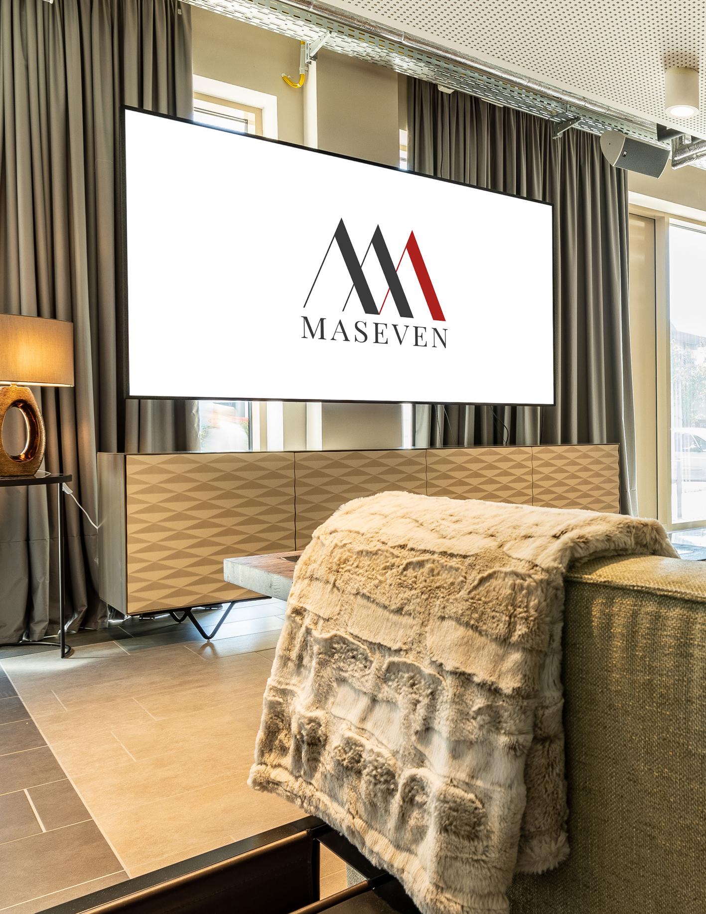 Cross buffet + Maseven Hotel